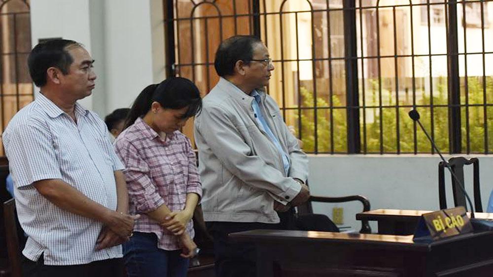 Cựu Trưởng Ban Tổ chức Thành ủy Biên Hòa, lãnh 13 năm tù, chiếm đoạt tiền khen thưởng