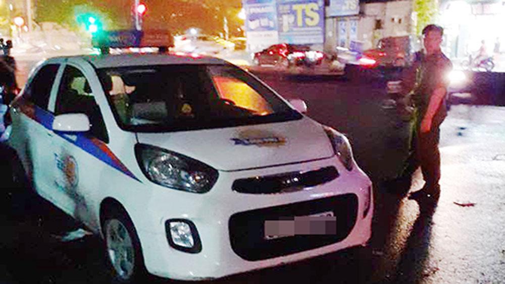 Nữ tài xế, bị đâm gục, taxi, mâu thuẫn cá nhân