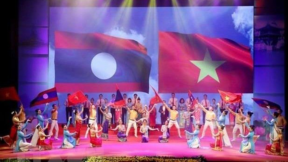Vietnam - Laos, cultural exchange, Solidarity, friendship and development, mutual understanding, friendship and cultural exchange, mass art performances