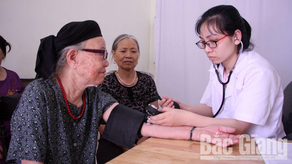 Y tế, sức khỏe, tăng huyết áp, toàn dân đi đo huyết áp