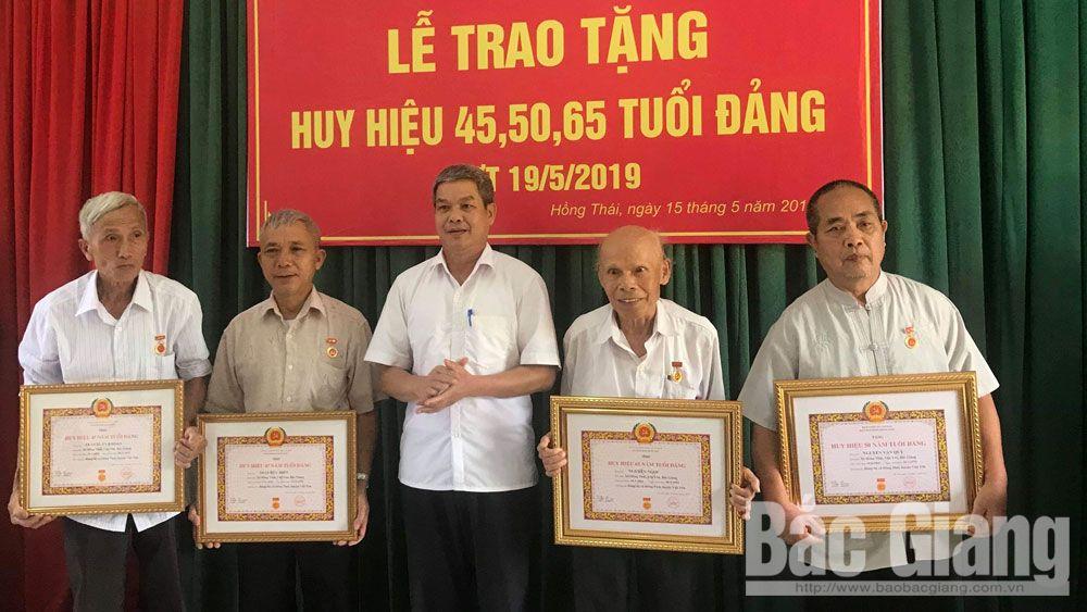 Việt yên, huy hiệu đảng, 19-5