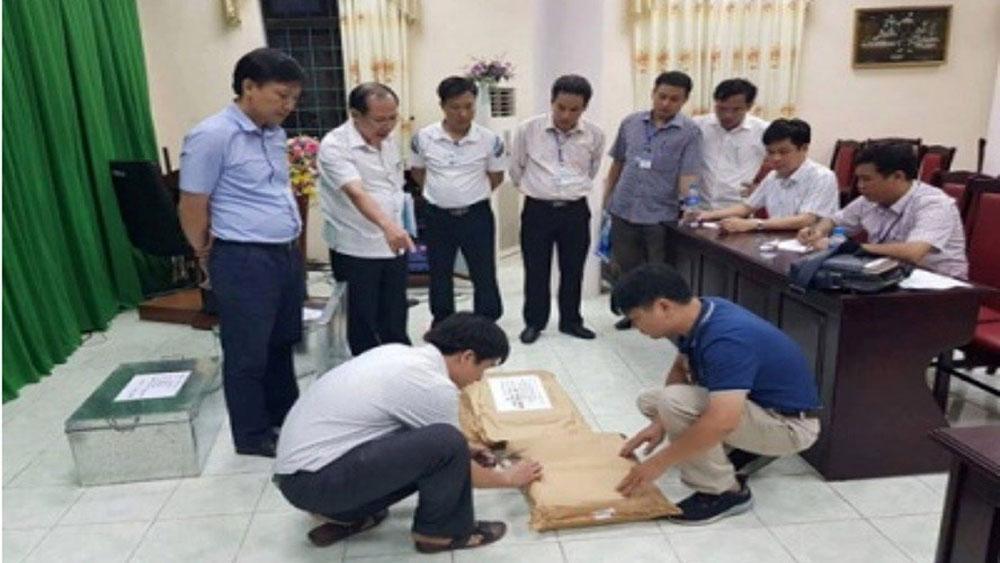 """Kỷ luật, 2 cán bộ thanh tra, """"bỏ chốt"""", vụ gian lận điểm thi ở Hà Giang"""
