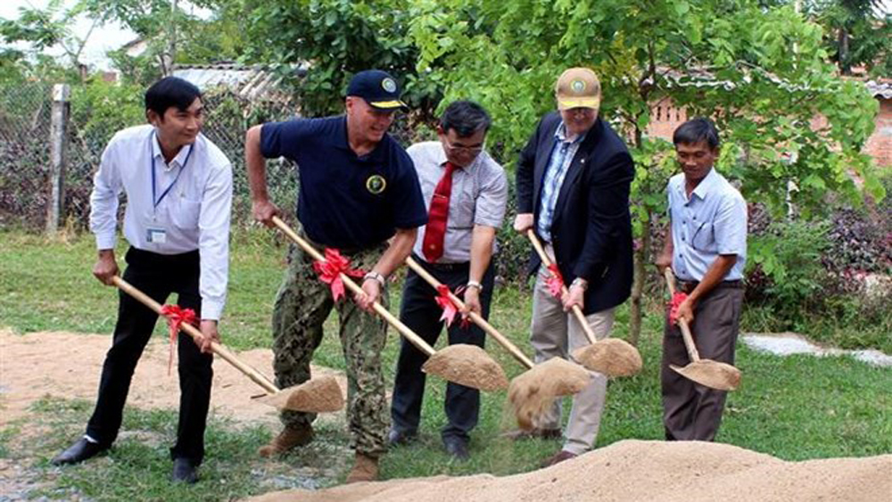 Pacific Partnership 2019 funds school building in Phu Yen
