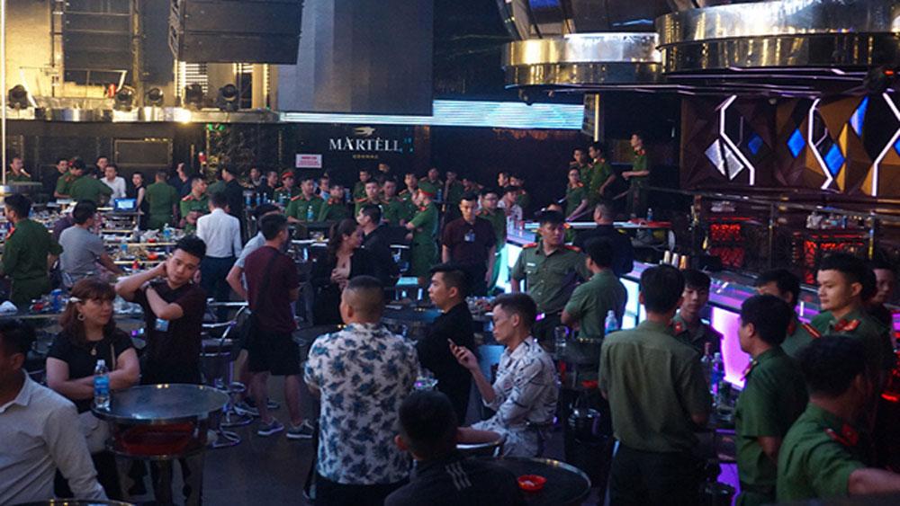Công an, đột kích vũ trường ở Đà Nẵng, phát hiện, 75 trường hợp dương tính với ma túy, vũ trường Phương Đông