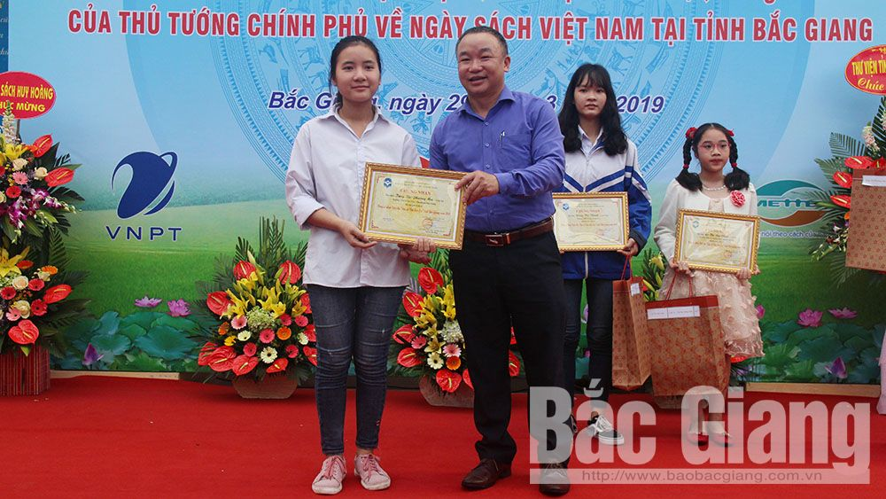"Bac Giang's student wins prize at national ""Ambassador of Reading Culture"" Contest"