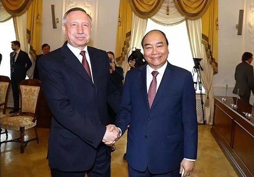 PM Nguyen Xuan Phuc, Saint Petersburg, ongoing official visit, socio-economic development, great achievements, Vietnamese communities