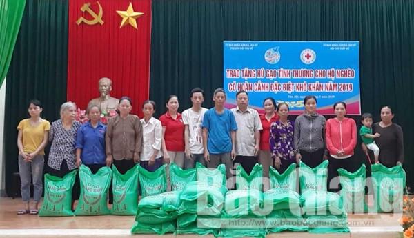Hũ gạo tình thương, hội viên nghèo, Xã Tân Mỹ, Thành phố Bắc Giang