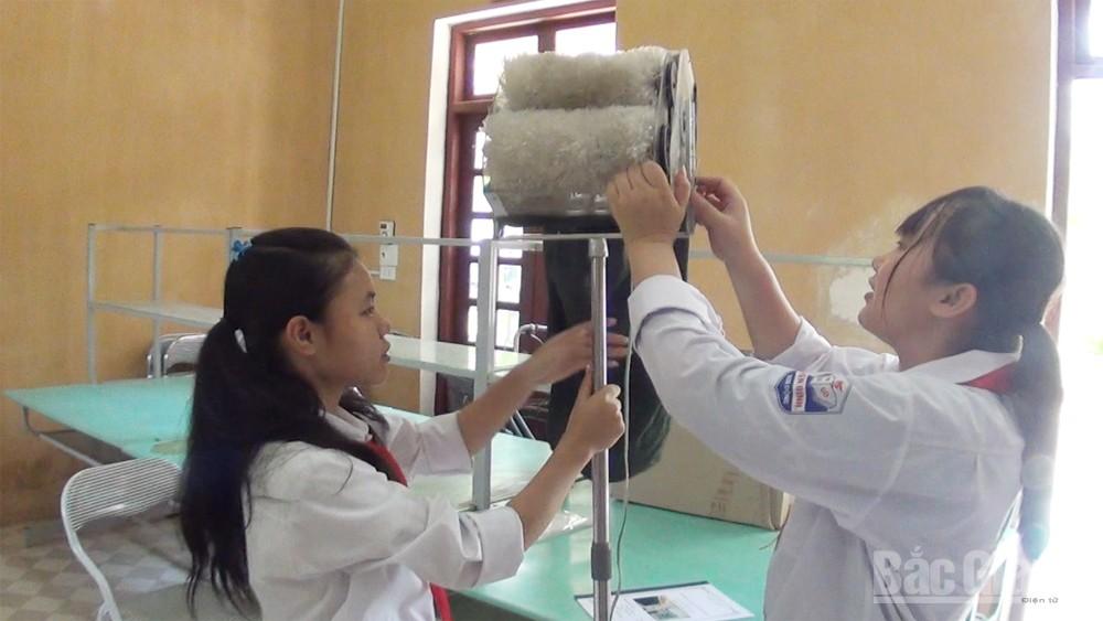 Máy vệ sinh đa năng tiện ích