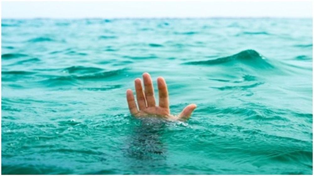 Tổng kết năm học, ra sông tắm, ba nữ sinh lớp 6 tử vong, Trường THCS Thanh Thạch,