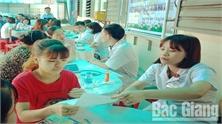 Chăm sóc sức khỏe sinh sản cho nữ thanh niên công nhân: Xây dựng mô hình hỗ trợ tại DN