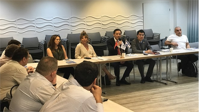 Israeli companies study investment opportunities in Vietnam