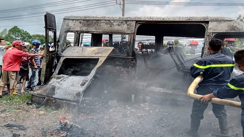 Xe khách, bất ngờ cháy rụi, 3 bà cháu thương vong, cháy xe ô khách, tài xế Đỗ Thanh Lâm