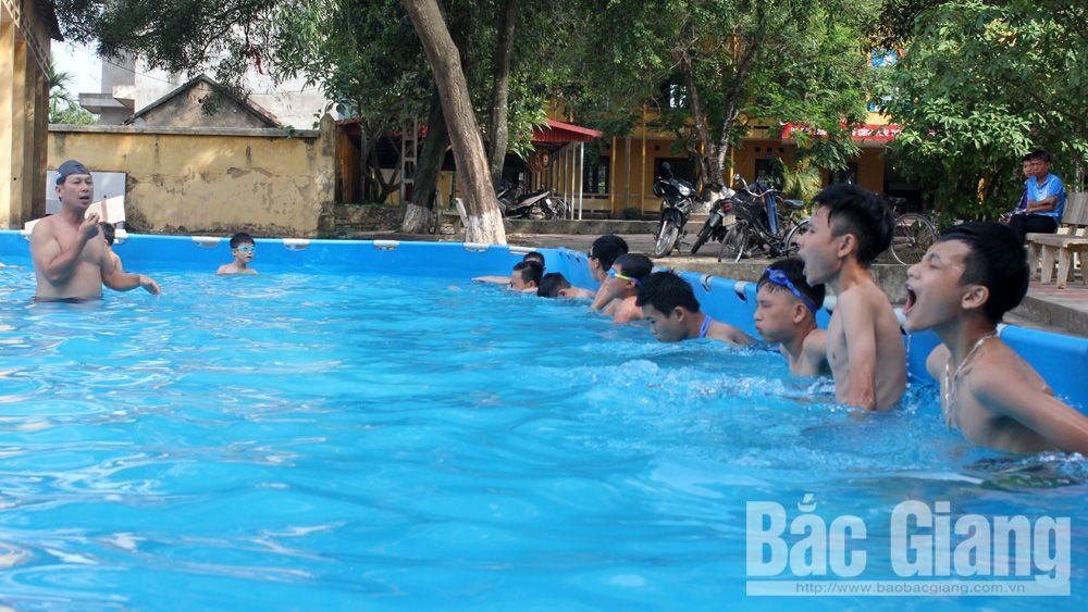 đuối nước, mùa hè, dạy bơi, kỹ năng bơi lội,