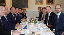 Thủ tướng Nguyễn Xuân Phúc hội đàm với Thủ tướng Thụy Điển Stefan Löfven
