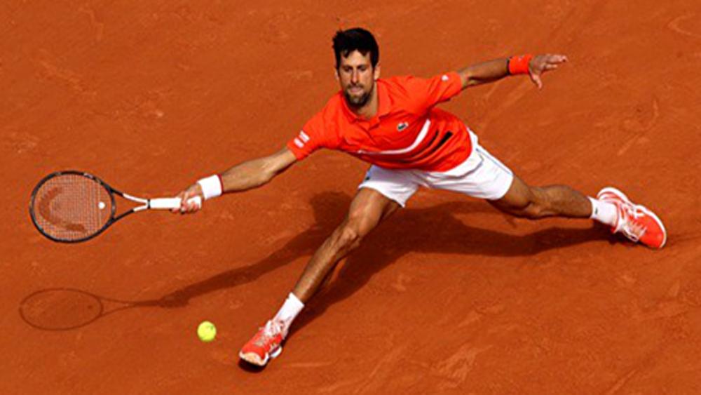 Djokovic đoạt vé vào vòng hai Roland Garros 2019