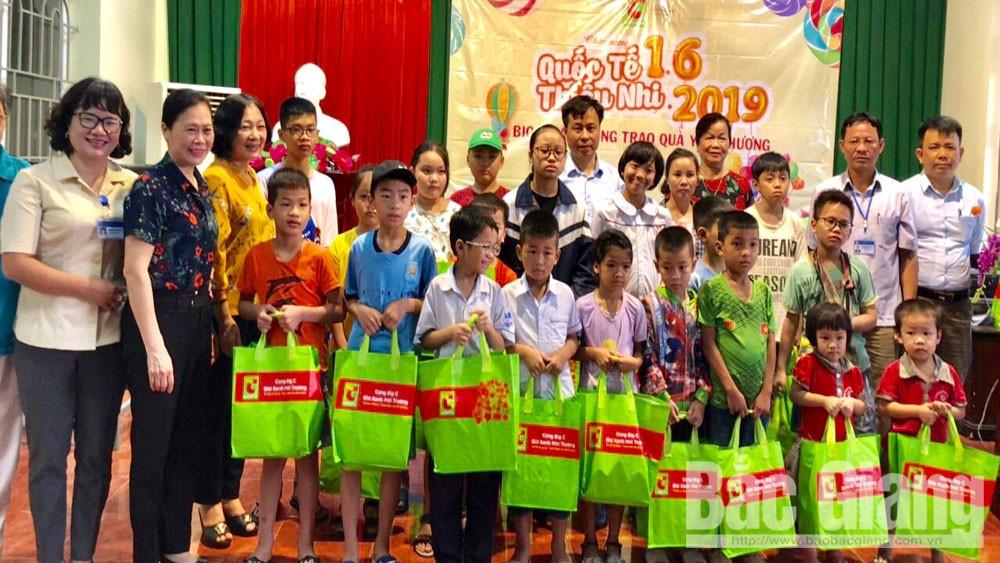 Thăm, tặng quà, trẻ em, có hoàn cảnh khó khăn, TP Bắc Giang