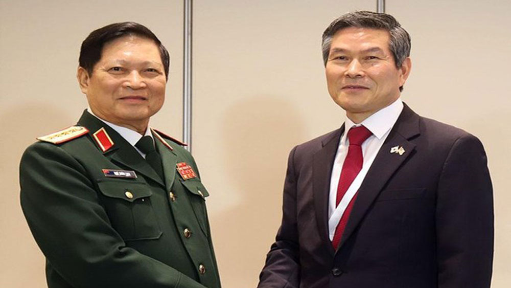 Defence Minister active in Shangri-La Dialogue