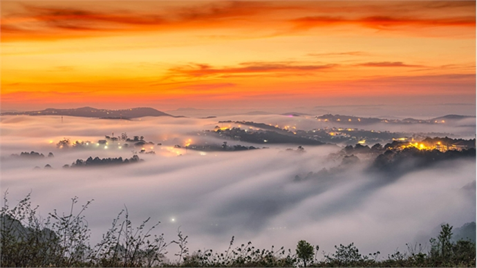 When Da Lat gets clouded, the view gets heavenly