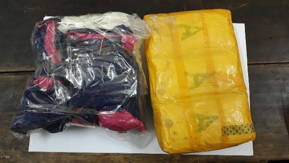 Vụ Thiếu tá biên phòng hy sinh khi phá án: Truy bắt đối tượng vận chuyển 12.000 viên ma túy tổng hợp
