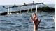 Chìm tàu tại miền Trung Indonesia, 19 người mất tích