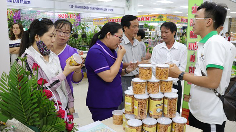 Mekong Delta, one commune-one product fair, OCOP fair, farm produce,  local products, supply-demand networking, brand name building, OCOP startups, rural tourism