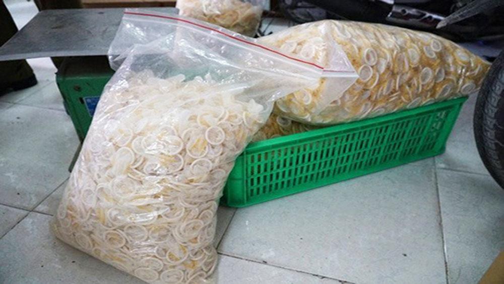 Đường dây làm bao cao su giả ở TP Hồ Chí Minh