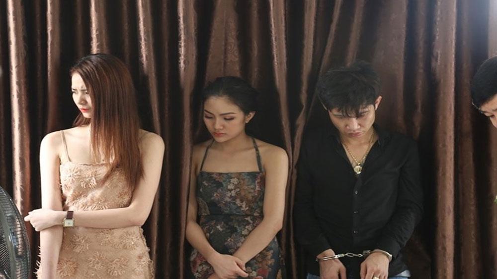 Hotgirl, vào khách sạn, mở hội chơi ma túy, khách sạn Phúc Yên City,  Ngô Đình La , Nguyễn Hữu Bảo