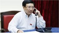 Phó Thủ tướng, Bộ trưởng Ngoại giao Phạm Bình Minh điện đàm với Bộ trưởng Ngoại giao Singapore