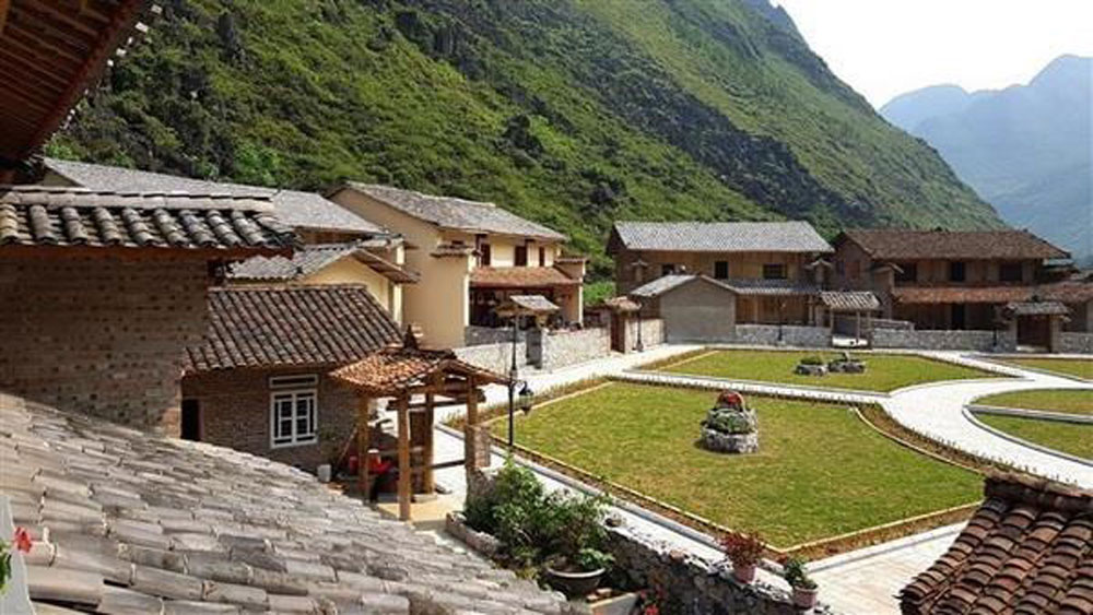 Dong Van geopark, tourism centres, Ha Giang province,  UNESCO global geopark,  tourism and entertainment services