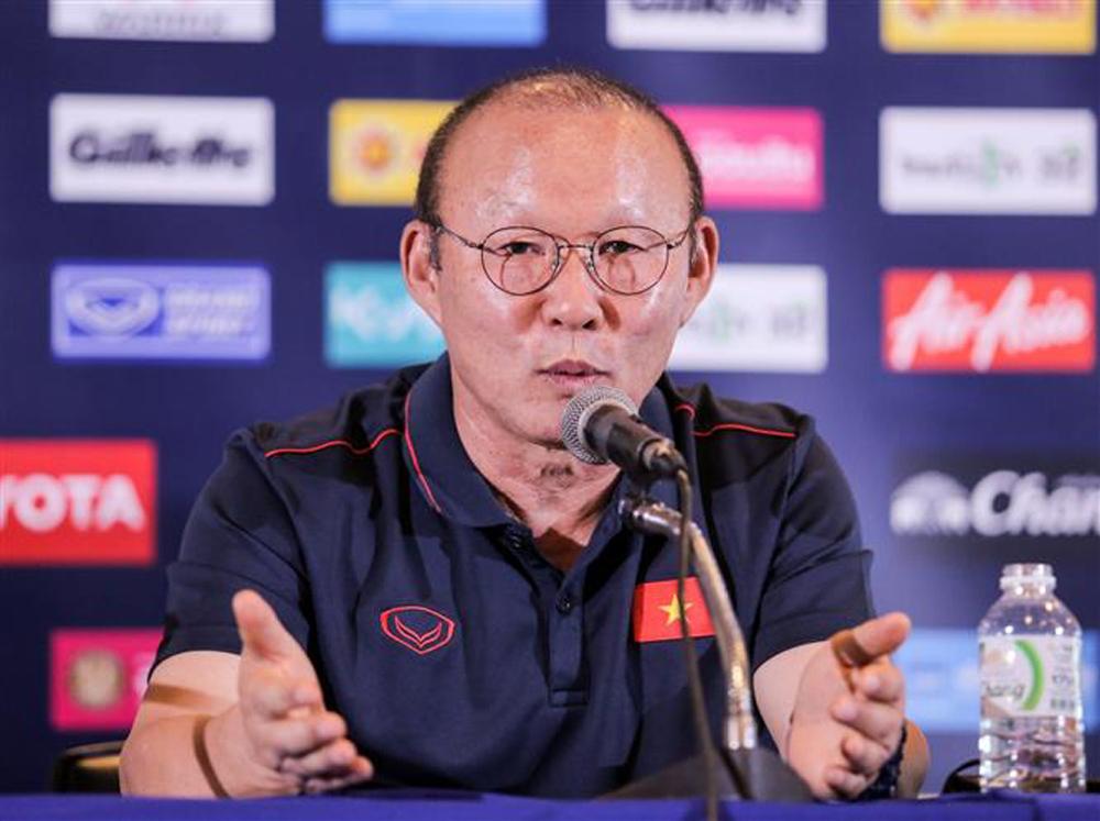 Chung kết King's Cup, Việt Nam, Curacao, HLV Park Hang-seo, Quang Hải, Công Phượng, Thái Lan