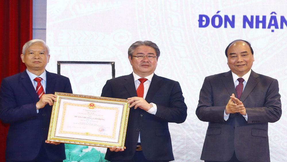 Thủ tướng Nguyễn Xuân Phúc dự lễ kỷ niệm 60 năm thành lập Học viện Hành chính Quốc gia