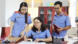Chị Phạm Thu Hà giỏi nghiệp vụ, tận tâm với nghề