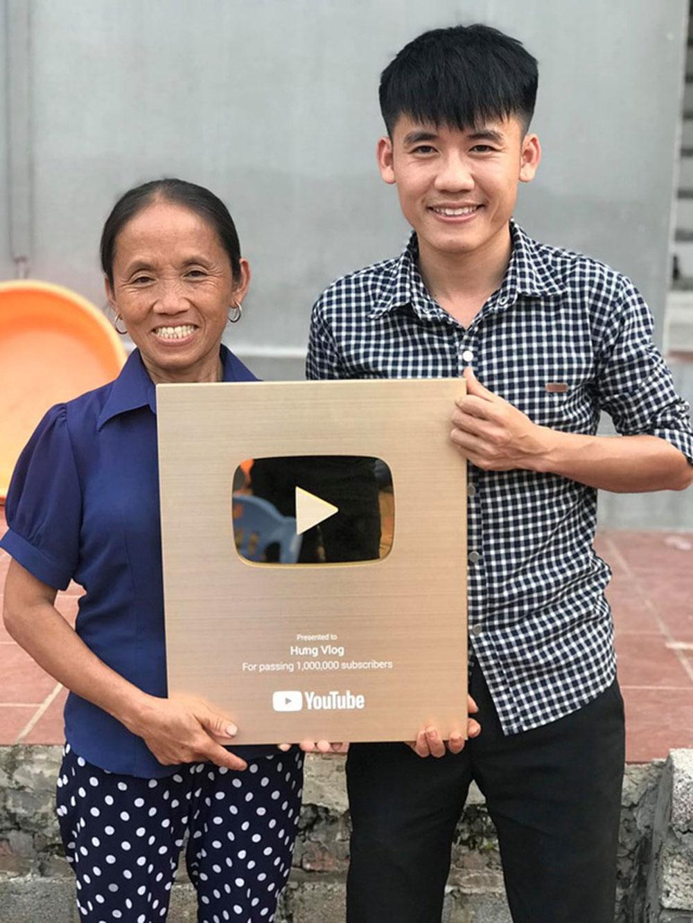 'Bà Tân Vlog', bật tính năng, kiếm tiền trên YouTube ,  Nguyễn Văn Hưng, Hưng Vlog