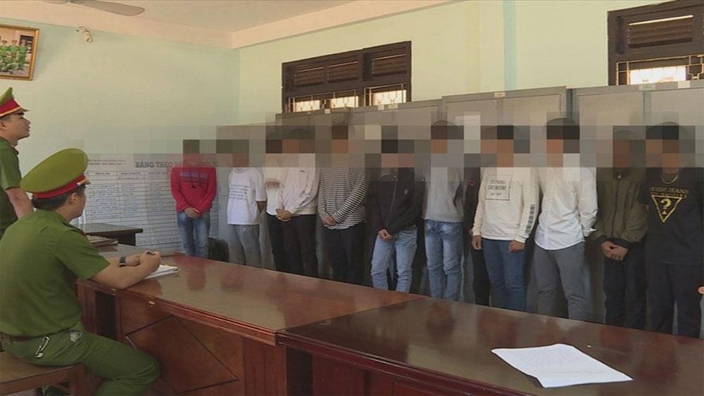 21 học sinh, chém nhau kinh hoàng, sau giờ học, Trường THCS Trần Phú