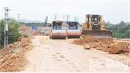 Vướng mặt bằng, nhiều dự án giao thông chậm tiến độ