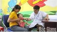 Nhiều trẻ em nhập viện do nắng nóng