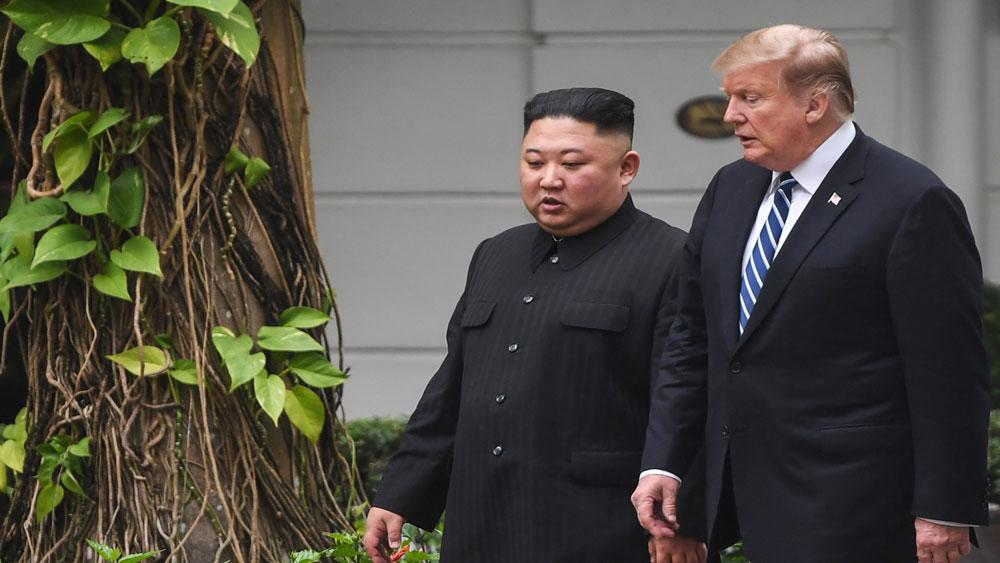 Tổng thống Trump, nhận thư từ nhà lãnh đạo Triều Tiên Kim Jong-un,