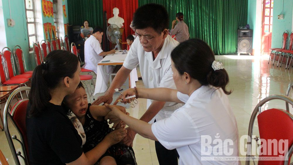 Tiêm chủng, sức khỏe, vắc xin, chiến dịch
