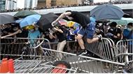 Cảnh sát Hong Kong bắn hơi cay trấn áp người biểu tình