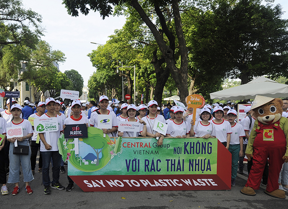 Vietnam, plastic waste, national campaign, plastic waste pollution,  ecological environment,  practical and specific actions,