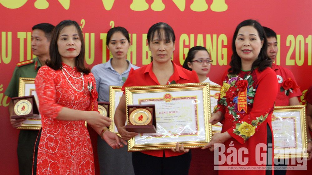 Bac Giang province, typical donors, collective and individual, blood donors, humane values, Voluntary Blood Donation, blood donation movement, meaningful movement
