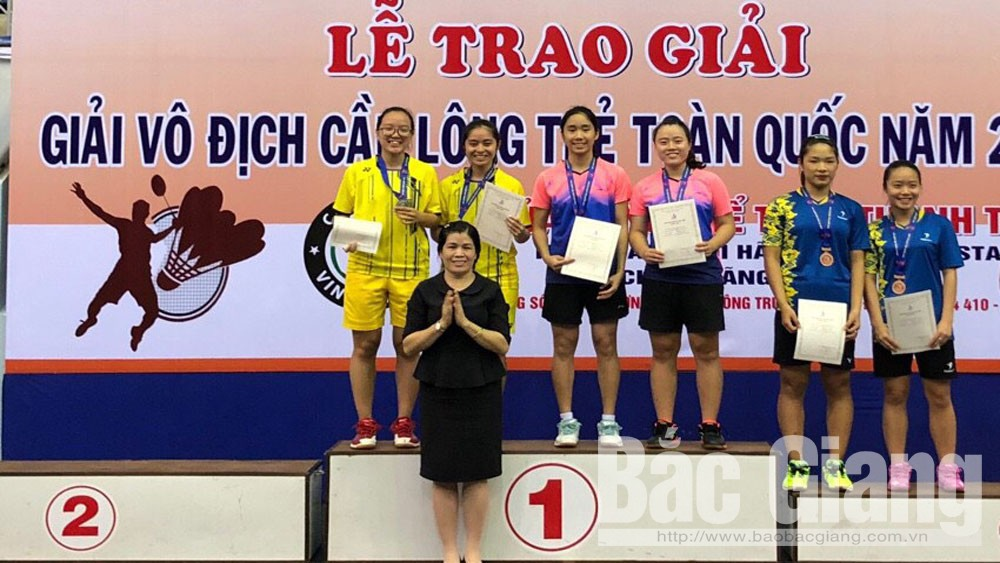 Bac Giang athletes win gold at National Youth Badminton Tournament