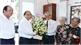 Thủ tướng thăm, chúc mừng các nhà báo lão thành tại TP Hồ Chí Minh