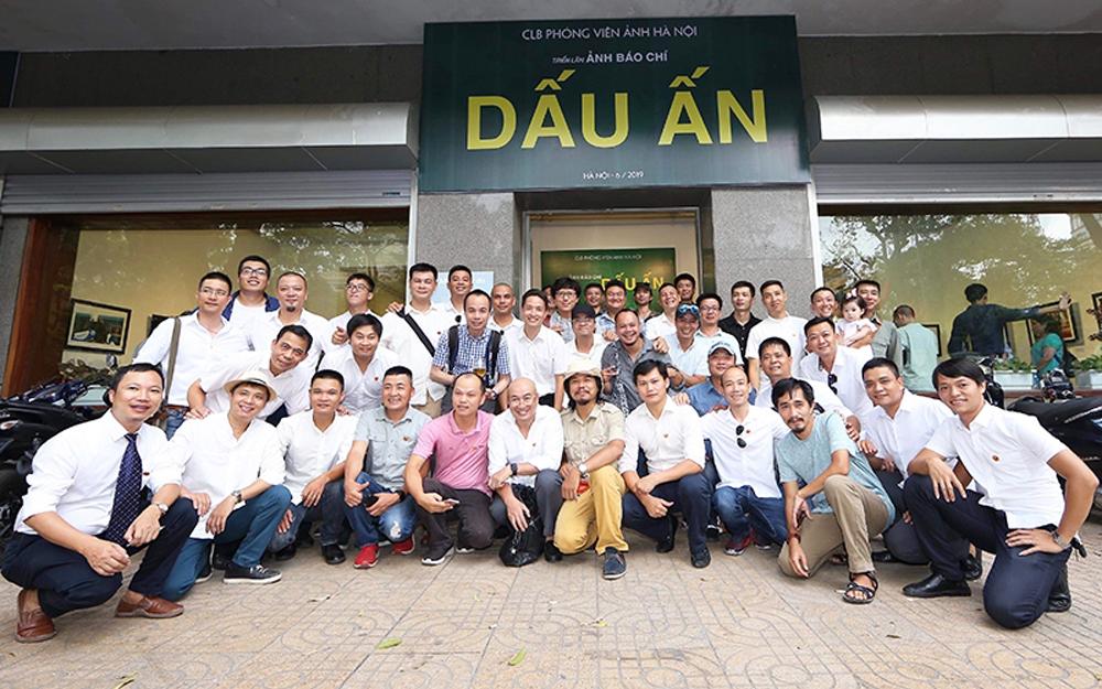 Press photo exhibition, nation's outstanding events, press photos, Hanoi Photo Reporter Club, social life
