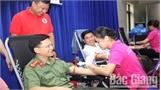 Bắc Giang; Gần 300 cán bộ, chiến sĩ công an hiến máu tình nguyện