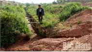 Thi công cao tốc Bắc Giang-Lạng Sơn: Vùi lấp, làm hư hỏng nhiều đoạn kênh