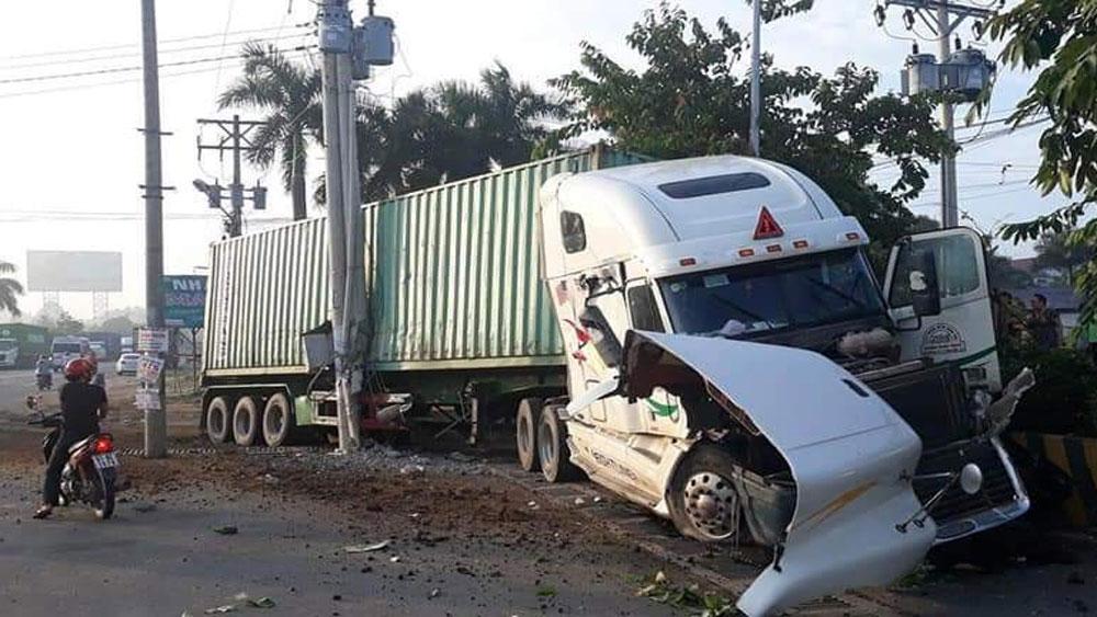 ông Nguyễn Văn Diệp,  Tây Ninh, khởi tố, tạm giam, tài xế, gây tai nạn giao thông nghiệm trọng, làm chết 5 người, lái xe Trần Đình Trung