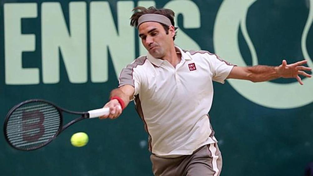 Federer thoát hiểm vào bán kết Halle Mở rộng 2019