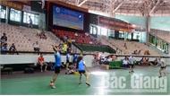Gần 160 VĐV tranh tài giải cầu lông gia đình toàn tỉnh lần thứ XXVI