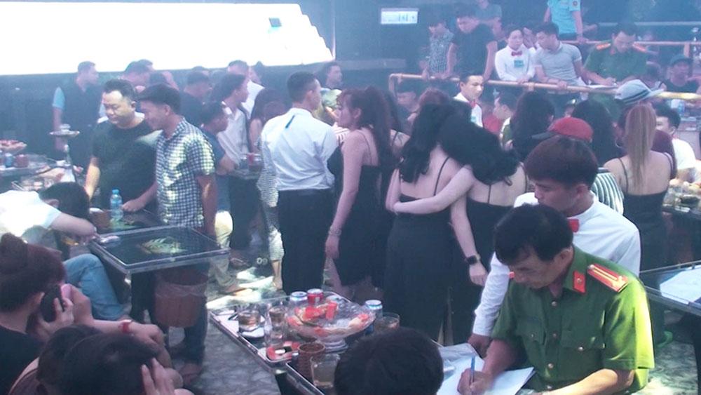 Phát hiện, gần 200 đối tượng, sử dụng ma túy trong quán bar, quán bar ST Club – Làn Sóng Trẻ